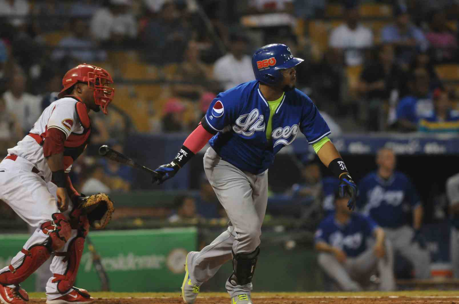 Francisco, Juan (@ Leones, Nov 14, 2014) a