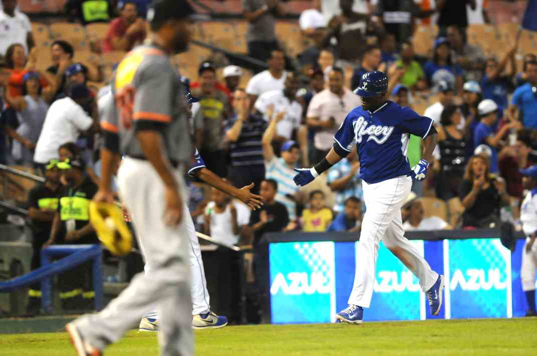 Ruiz, Juan Julio (vs Gignates, Nov 1, 2014) a