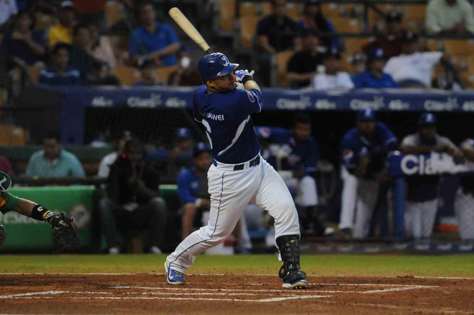 Solano, Jonathan  (vs Estrellas, Nov 8, 2014)
