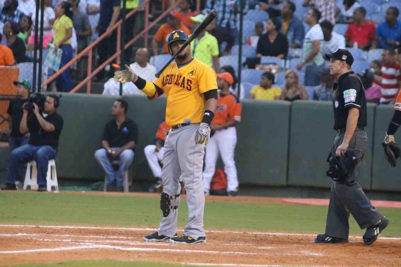 Francisco, Juan (Aguilas vs Toros, Dic 28, 2014)