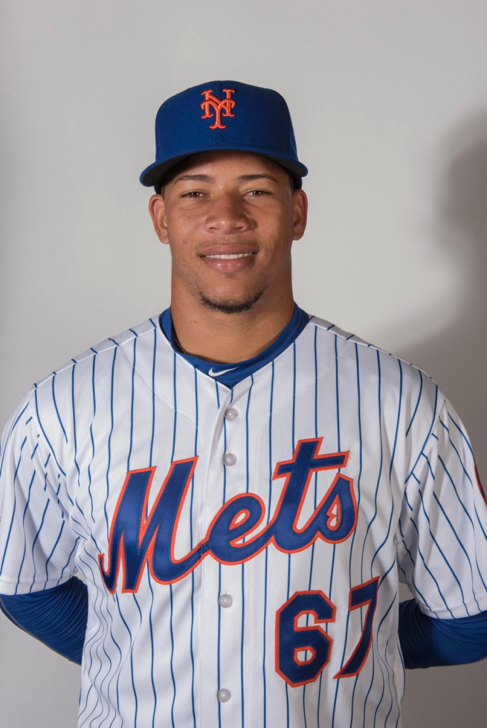 mets-2015-spring-portraits-hansel-robles