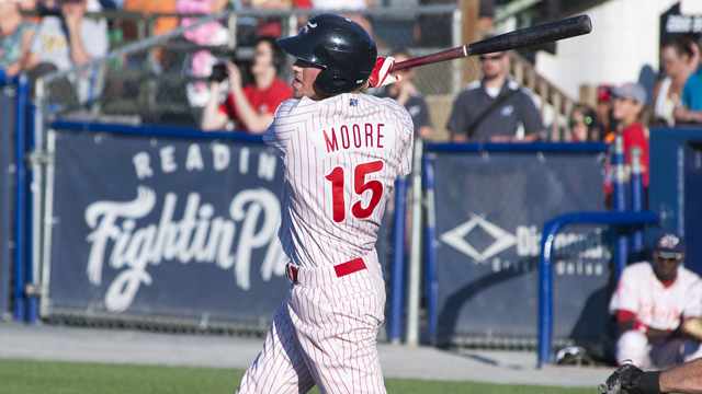 Logan_Moore_Reading_Fightin_Phils_pqberuiv_yvb3ejtp