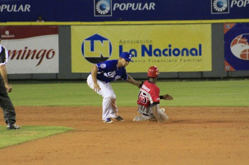 MARCO HERNANDEZ_PEDRO CIRIACO [Licey.com]