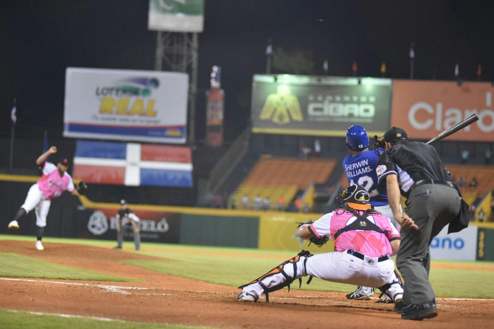 Anderson Hernández remolca cuatro ante Aguilas