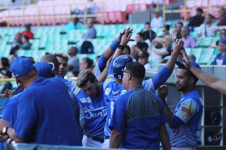 Santurce y Mayaguez a la Serie Final boricua