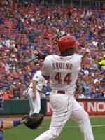 Novato Aristides Aquino hace historia en la MLB con sus 3 jonrones contra Cachorros